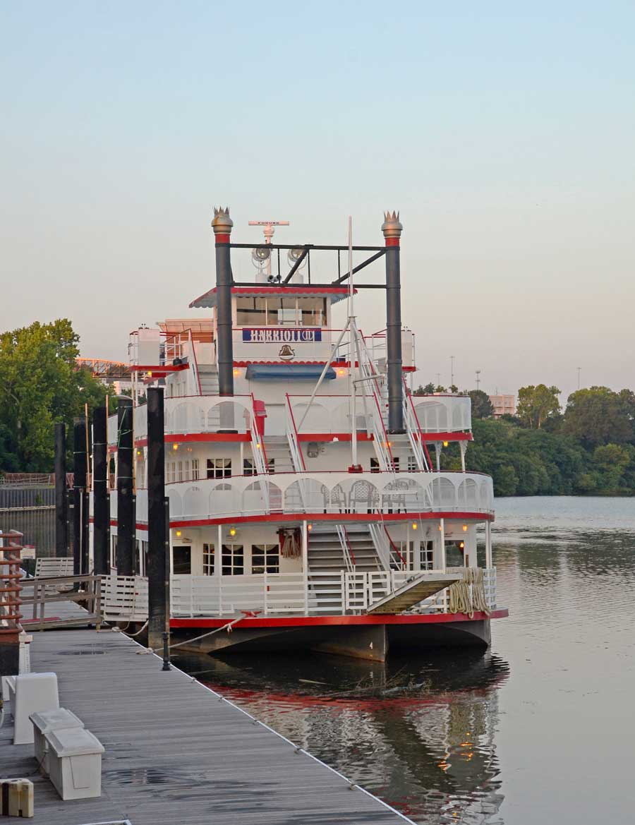 """Travel as in the old days aboard the """"Harriott II"""" riverboat."""