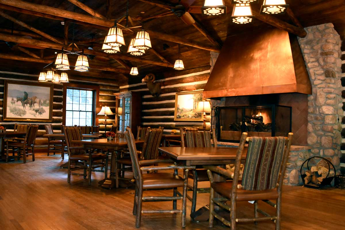 The Lodge Dining Room at the Broadmoor, Colorado Springs CO