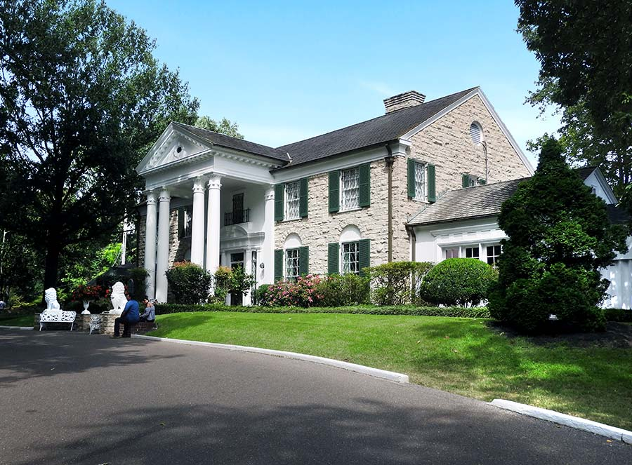 The exterior of Graceland